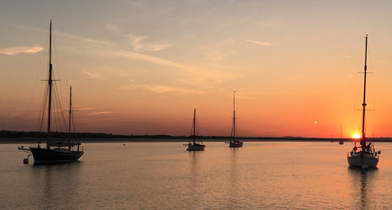 sailing pyefleet creek brightlingsea